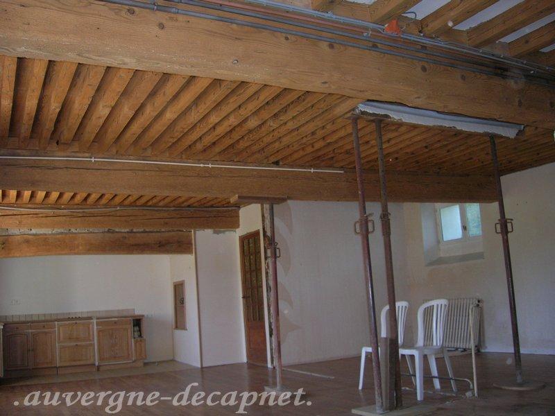 Andre hydrogommage hydrogommage aerogommage nettoyage for Peindre des poutres au plafond